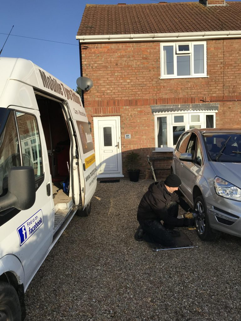 Ford Smax tyre puncture repair in Spalding, Lincolnshire by Lee Cooper of Mototyres 2 u.