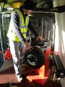 Mototyres 2 u Lee Cooper golf buggy tyre puncture repair