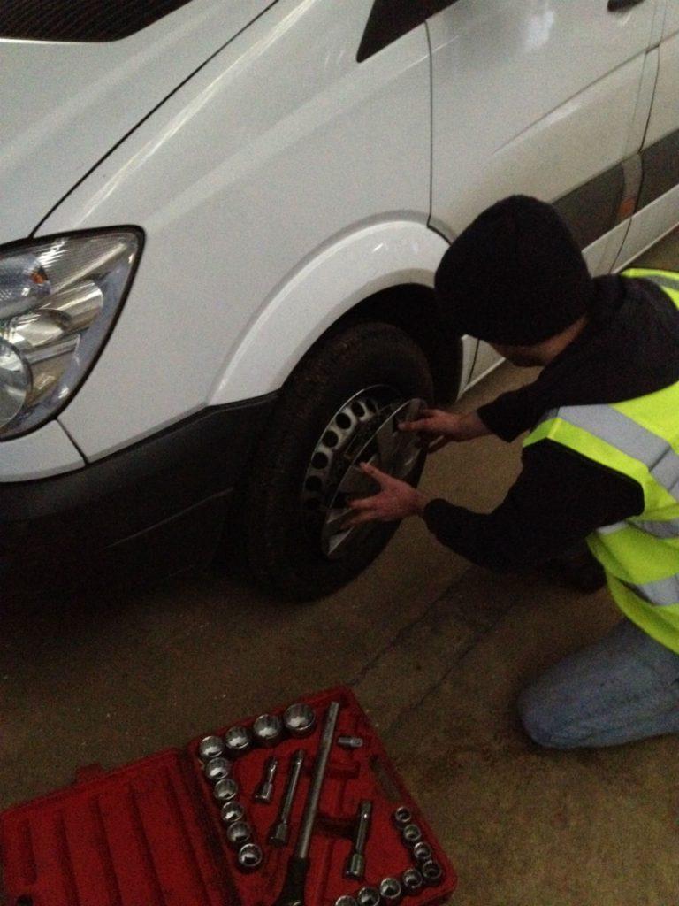 Mototyres 2 u replacement van tyres fitted in Kings Lynn, Norfolk.
