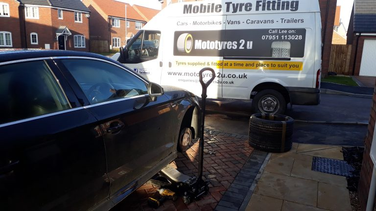Mototyres 2 u mobile tyre fitting for 2 neighbours in South Lincolnshire